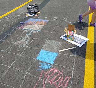 Mural grid of chalk